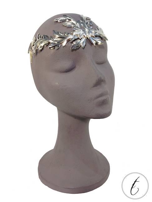 Corona metalica C2_Tousette_oro suave