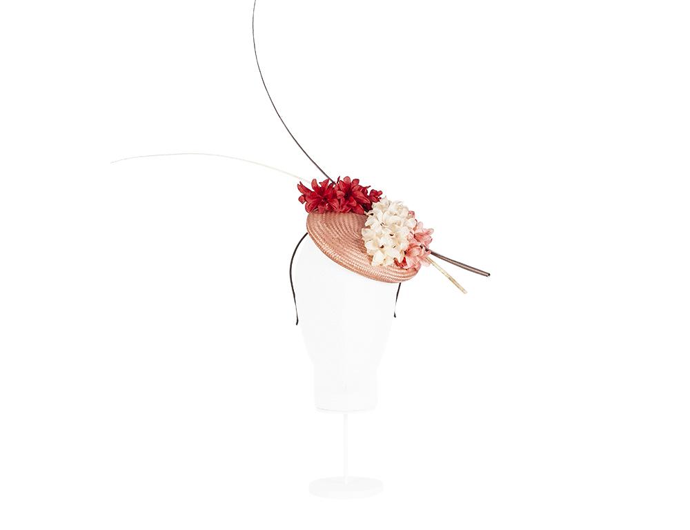base con flores y raqui