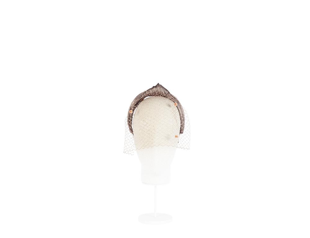 diadema turbante con plumetti