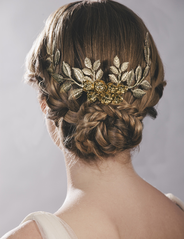 corona rosal trasera novia