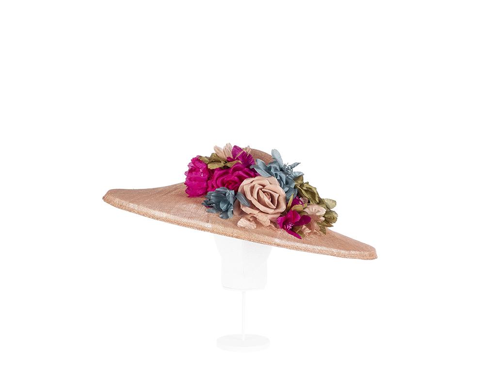 pamela sinamay rosa con flores
