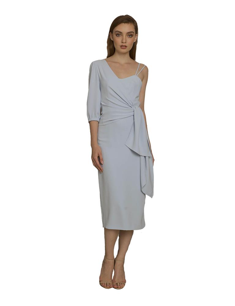 vestido asimetrico celeste